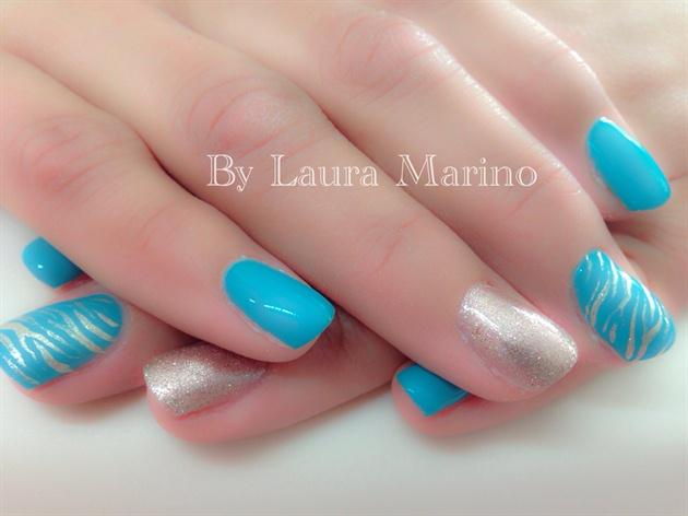 Tiffany And Gold Nails