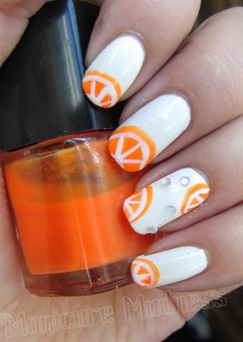 Orange-summer nails