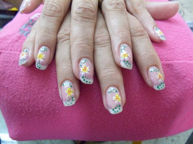 Нарощенные ногти переход цветов