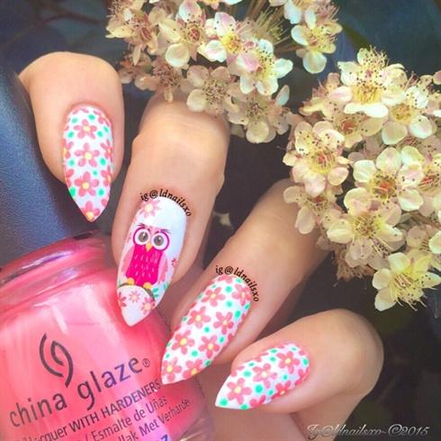 Daisies & Cute Pink Owl  Nail Art