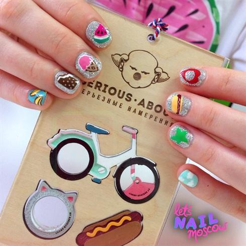 colorful cartoony nails ✨💕