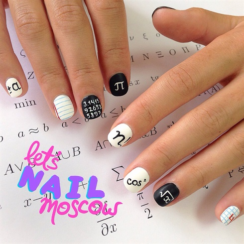 Back to School nails 💅🏻📝📚📎✒️📐
