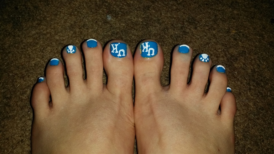 Kentucky wildcat nails - Nail Art Gallery