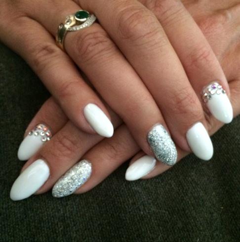 OPI Funny Bunny | White gel nails, Nail polish colors, Gel ... |Funny Bunny Nails