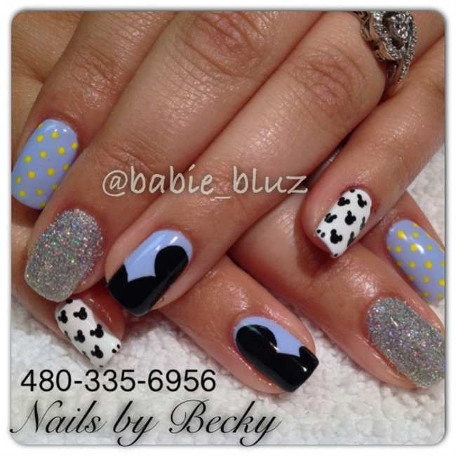 Nail art gallery disneyland nail art photos mickey gel nails prinsesfo Gallery