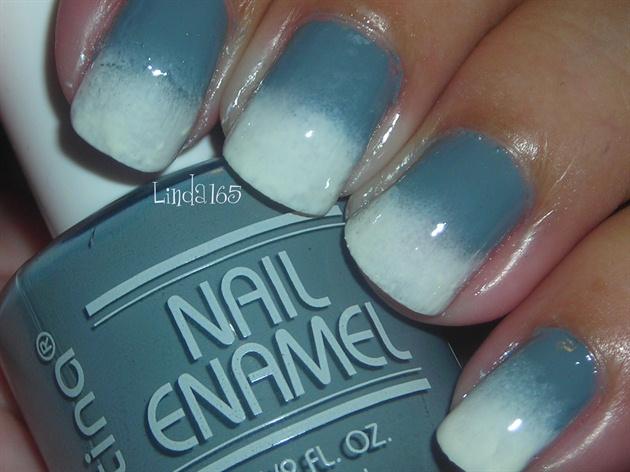 Grey to White Reverse Gradient