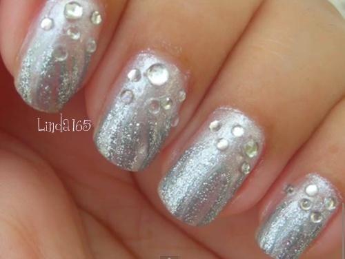 Nails Art: Silver Water Drops