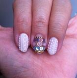 knit/sweater nail