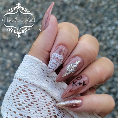 Wood & Lace