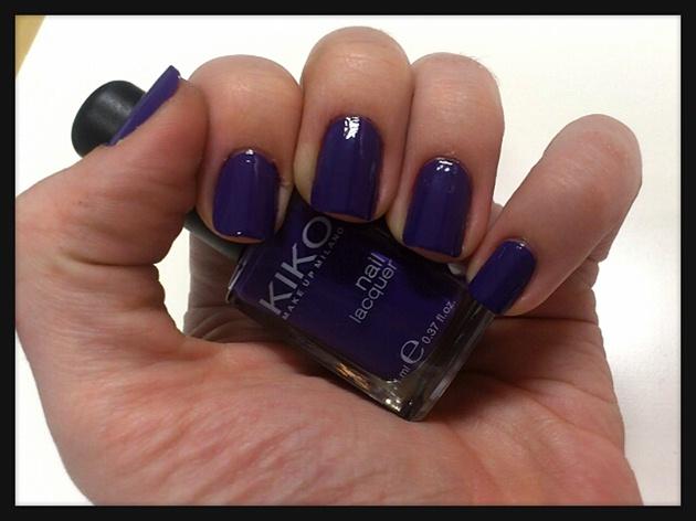 Simple Purple Nail Art
