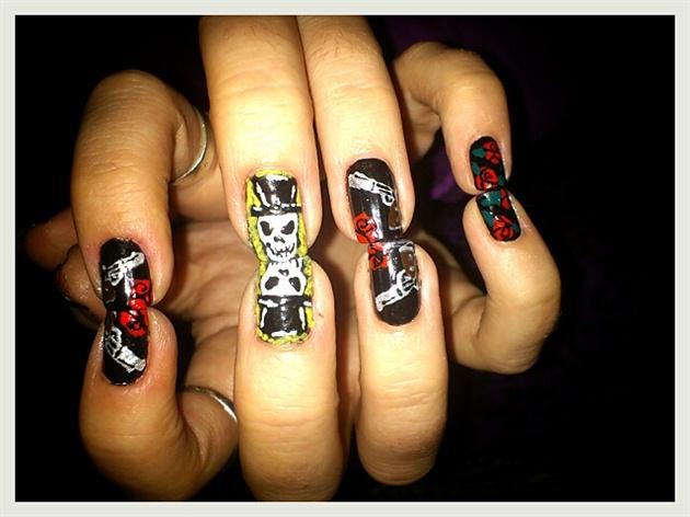 Guns n roses nail art