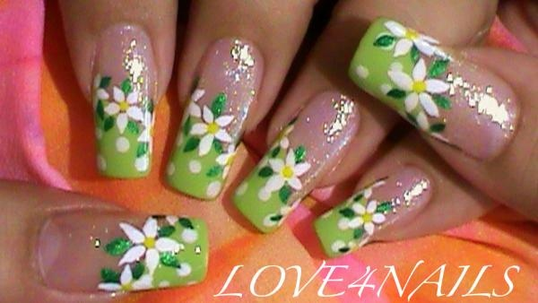 SUMMER FLOWER NAIL ART DESIGN