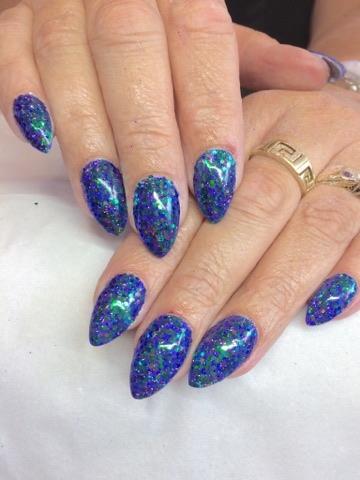 Pisces nails