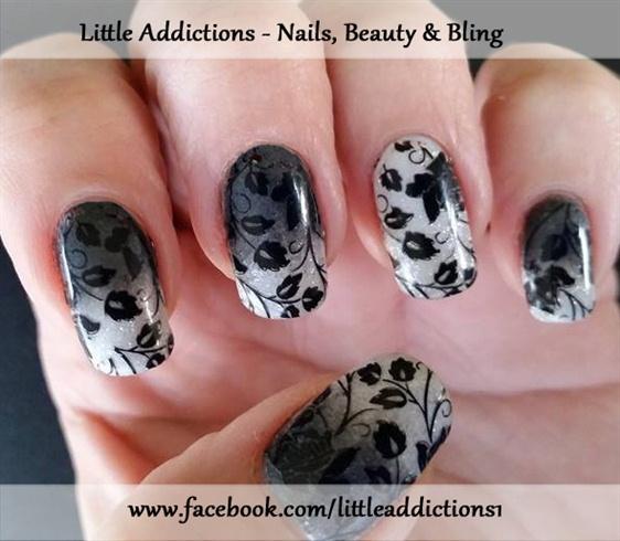 Gradient nail art - glow in the dark!