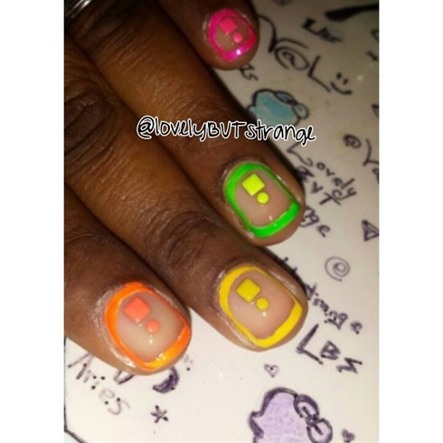 Neon Summer 2014 Boarder Nails