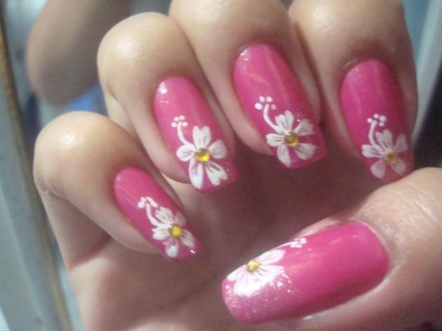 Hibiscus Flower Nail Art Gallery