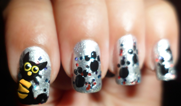 Easy Black Cat Nails