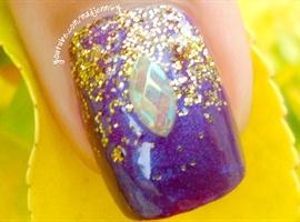 nail art: Fantasy Falling Glitter Nails