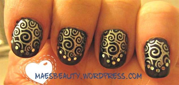 Swirl stamp mani