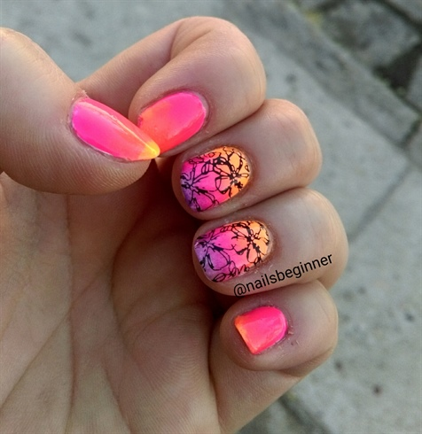 neon ombre - Nail Art Gallery