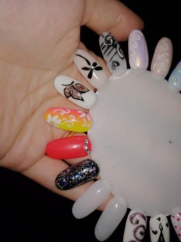 Nail art esempi