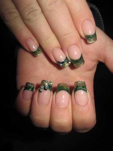 Green and gold nail art gallery green and gold prinsesfo Choice Image