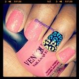 Sparkle nails w/animal print