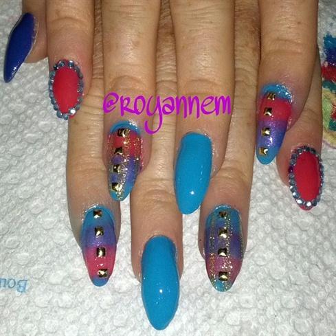 Ombre Stiletto Nails