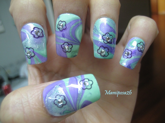 Flower water marble Nails