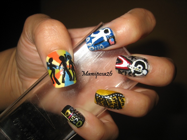 Disco 70's nail design