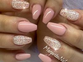 nail art: Pink Peppermint & Diamond