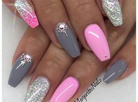 nail art: Baby Pink And Grey