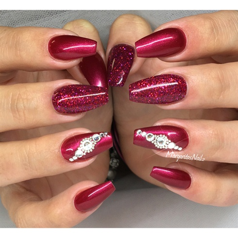 Red Nails Nail Art Gallery  Nail Art Ideas