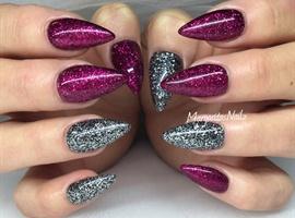 nail art: Glitter Nails