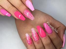 nail art: Shades Of Pink
