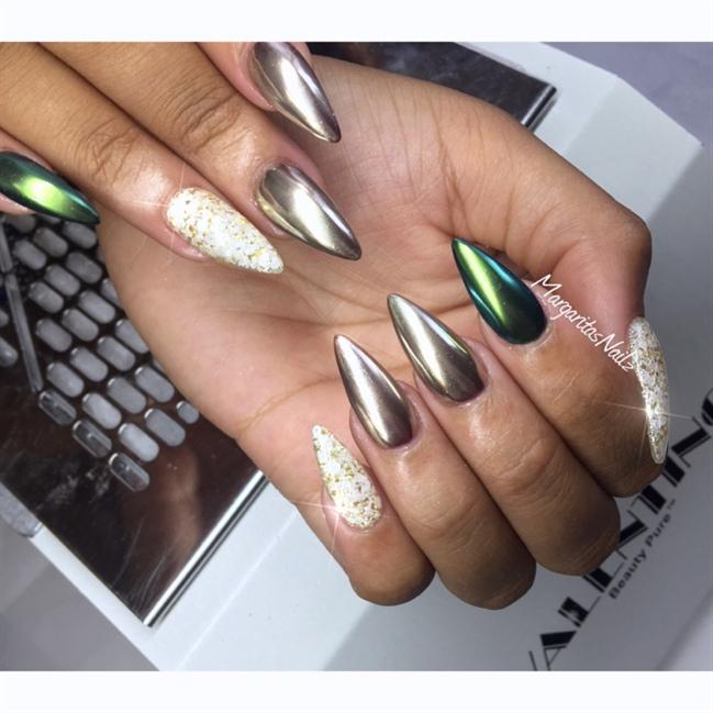 Chrome Nails - Nail Art Gallery