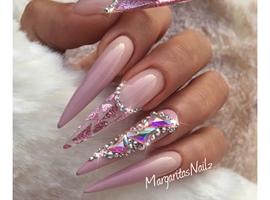 Ombré Stiletto Nails