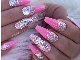 nail art: Pink Barbie Ombré Glitter Nails