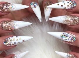 Gold Glitter Ombré White Stiletto Nails