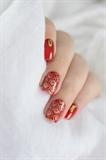 Baroque nail art