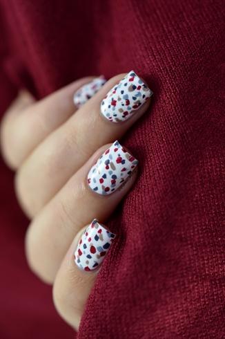 easiest festive nail art ever!