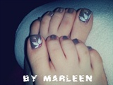 brown toes