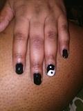 Yin-Yang Nails