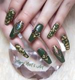 Nary Nails Art