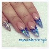 Sculpted Glitter Tips