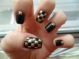Black&Gold studs nail art