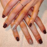 Ring Finger Mani