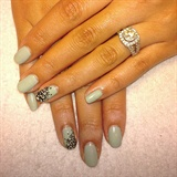 Lace ring finger