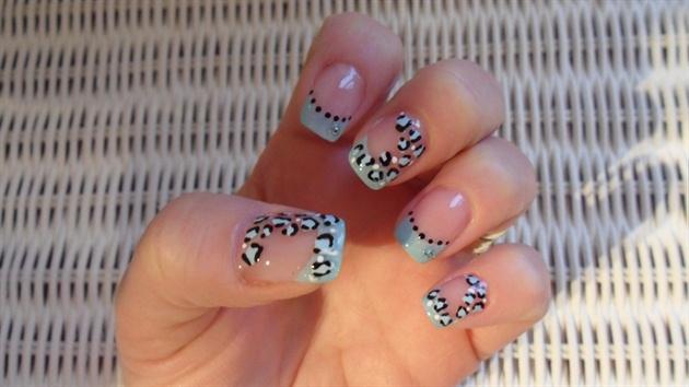 Aqua leopard
