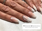 Wedding nails baby boomer